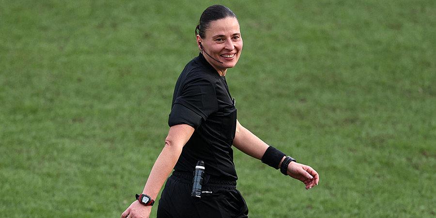 Пустовойтова рассудит финал женского футбольного турнира на Олимпиаде