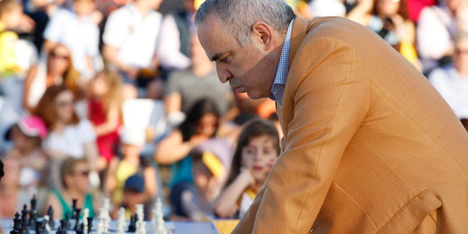 Каспаров возобновит карьеру и сыграет на турнире в США