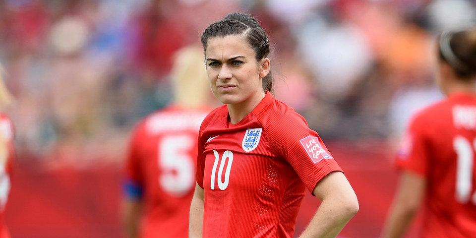 Футболистке сборной Англии пожелали рак, лейкемию и изнасилование. Фил Невилл в гневе