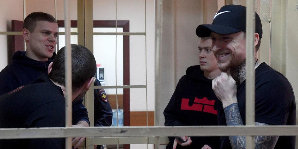 Братья Кокорины извинились перед Паком на судебном заседании