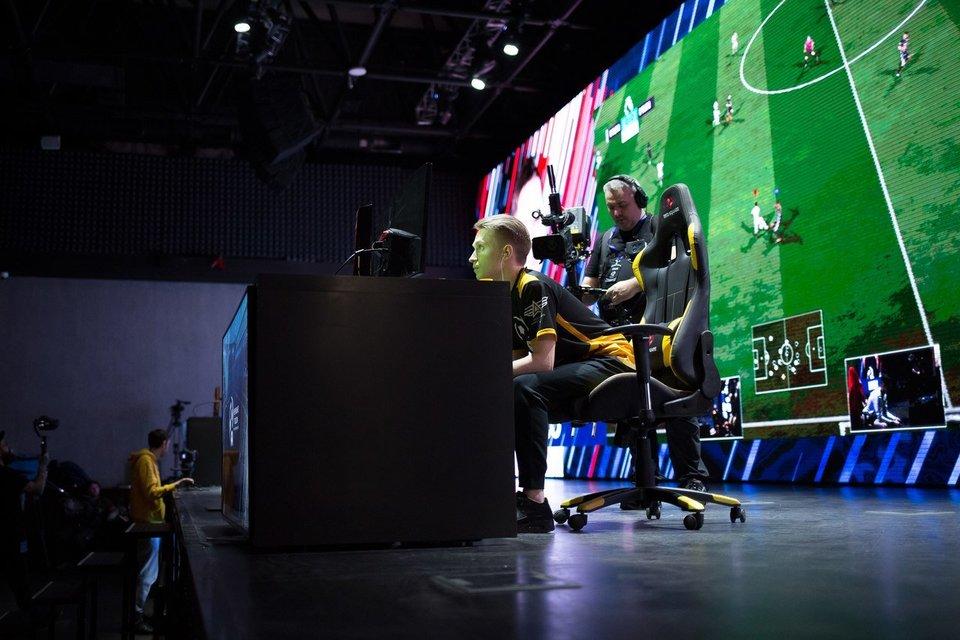 На чемпионате России по интерактивному футболу разыграют миллион рублей