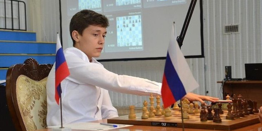 Обыгравший Карлсена 18-летний россиянин получил квартиру