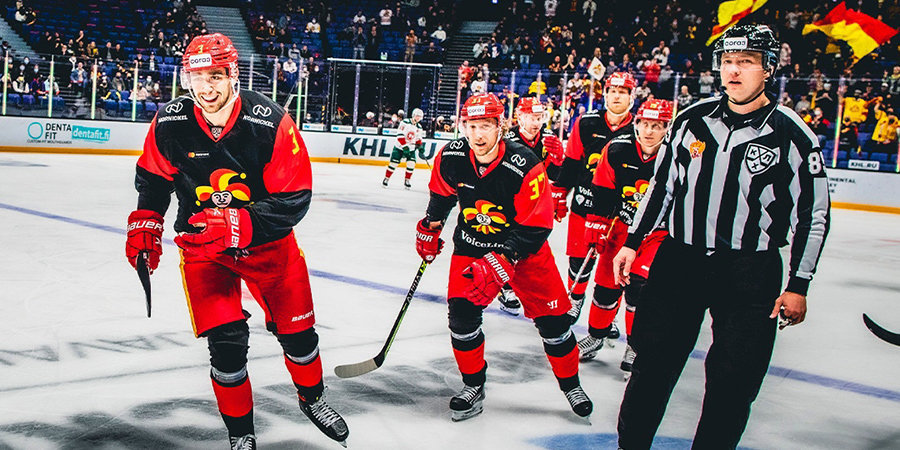 «Йокерит» одержал 10-ю подряд победу в КХЛ, обыграв «Ак Барс». В составе казанцев выступало 17 полевых игроков