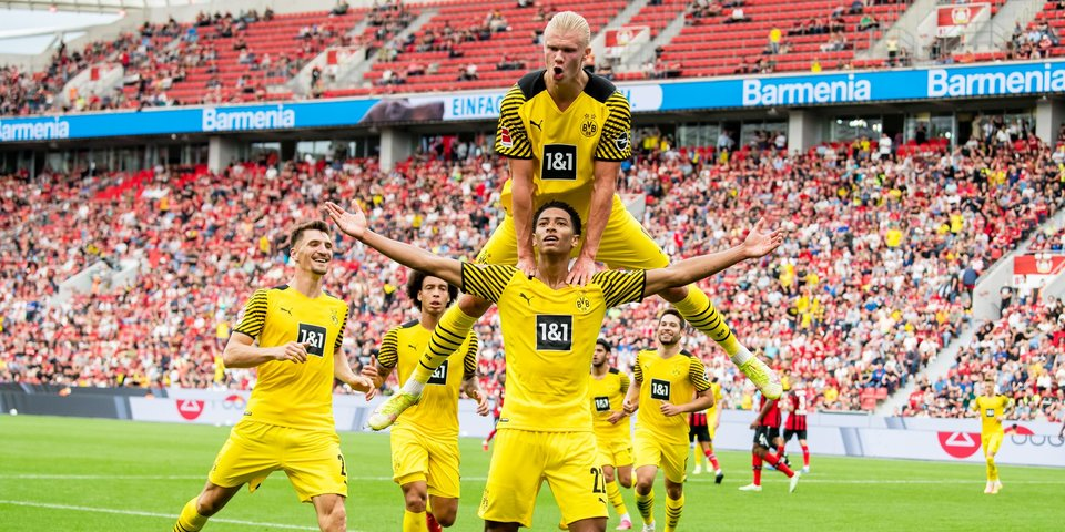 Веселая суббота в Бундеслиге: «Байер» и «Боруссия» устроили шоу в Леверкузене, «Бавария» отгрузила четыре гола «Лейпцигу»