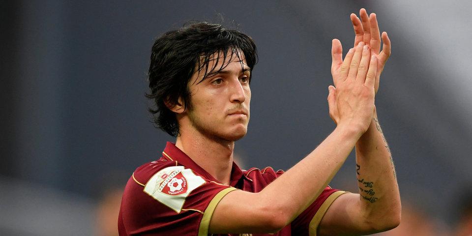 Азмун объявил об уходе из сборной Ирана