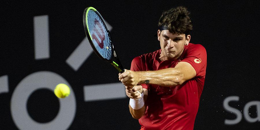 Первый теннисист заразился коронавирусом. В феврале он выиграл турнир в Сантьяго