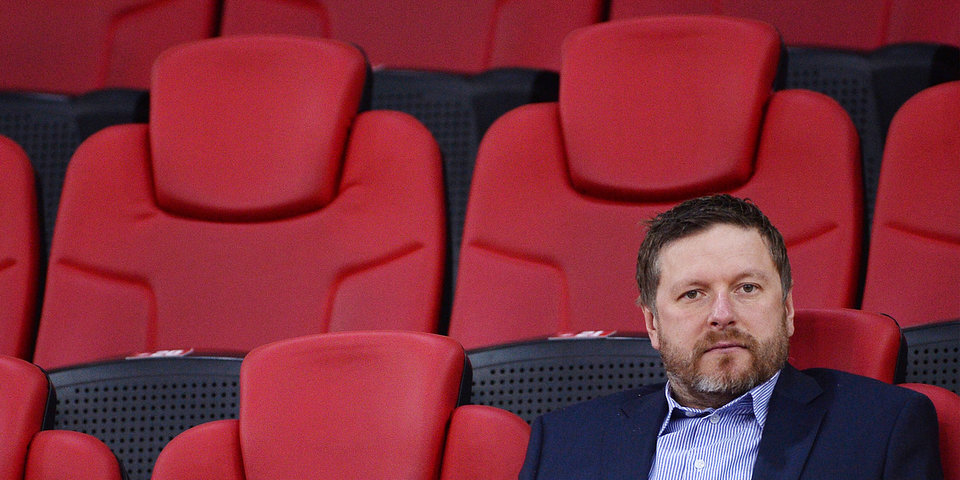Евгений Кафельников: «Команда катится к «Динамо», а тренер говорит про чемпионство — это глум над болельщиками»