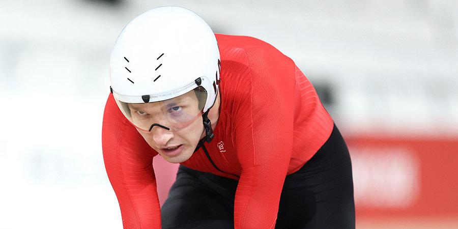Асташов стал четверым на Паралимпиаде в Токио. По ходу гонки он установил мировой рекорд