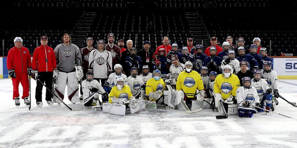 Хоккеисты рижского «Динамо» провели мастер-класс для детей