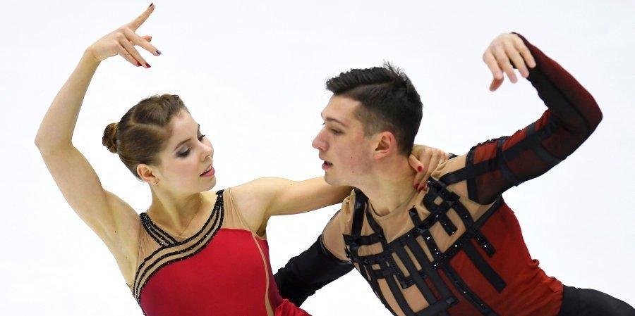 Мишина и Галлямов выиграли короткую программу на Кубке России в Москве