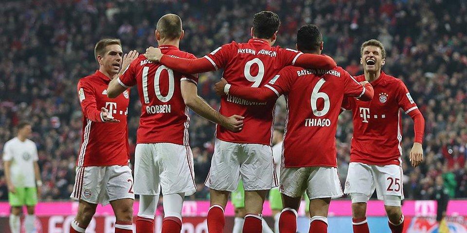 «Бавария» уничтожает «Вольфсбург»
