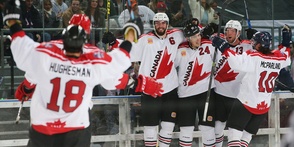 Сборная Канады 5 раз поразила ворота «Сочи» в Петербурге