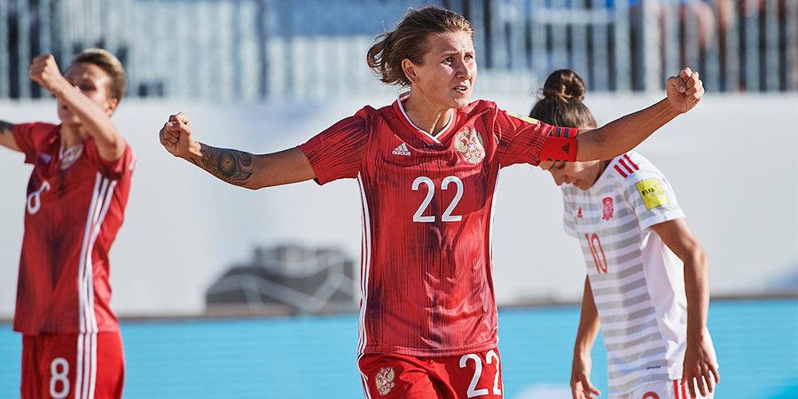 Россиянки победили Испанию в финале Кубка Европы по пляжному футболу