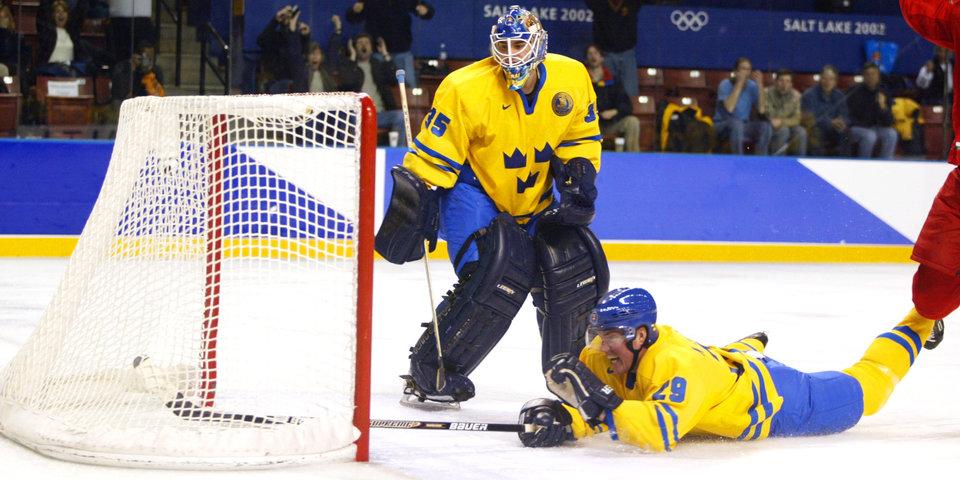 «Знарку не надо показывать команде победу Белоруссии над шведами в 2002-м». Олимпийский блог Владимира Крикунова