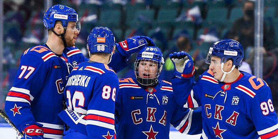 «Не боюсь выходить на лед против взрослых». Матвей Мичков в 16 лет сделал дубль в КХЛ