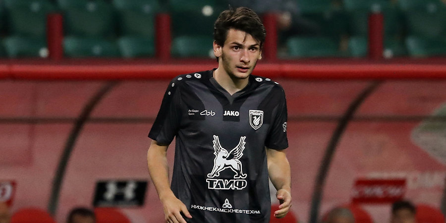 Кварацхелия — лучший в матче «Рубин» – «Спартак»
