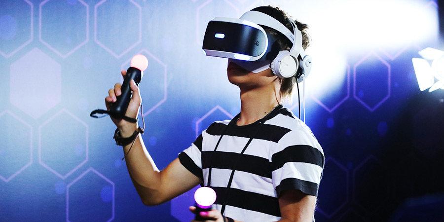 От простого стереоскопа до VR-Шлемов. История устройств виртуальной реальности