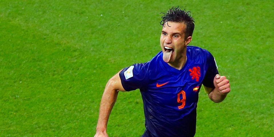 ФИФА вспомнила легендарный гол «рыбкой» ван Перси на ЧМ перед его последней официальной игрой