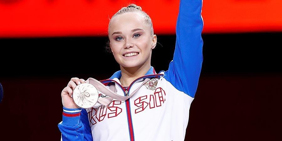 Мельникова завоевала бронзу в личном многоборье на чемпионате мира