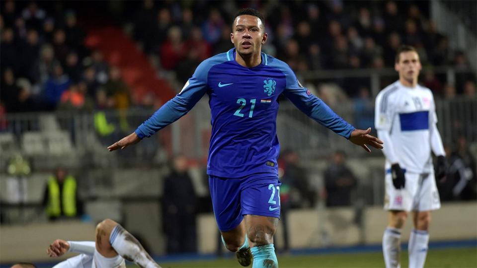 Дубль Депая принес Нидерландам победу в Люксембурге, Венгрия разгромила Андорру