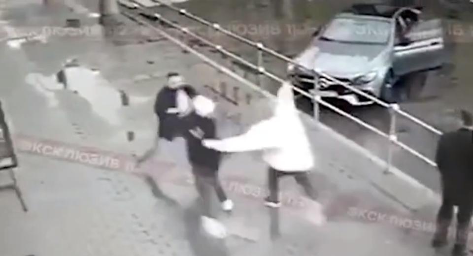 Супруга Кокорина находилась с ребенком в больнице, когда футболист дрался в Москве
