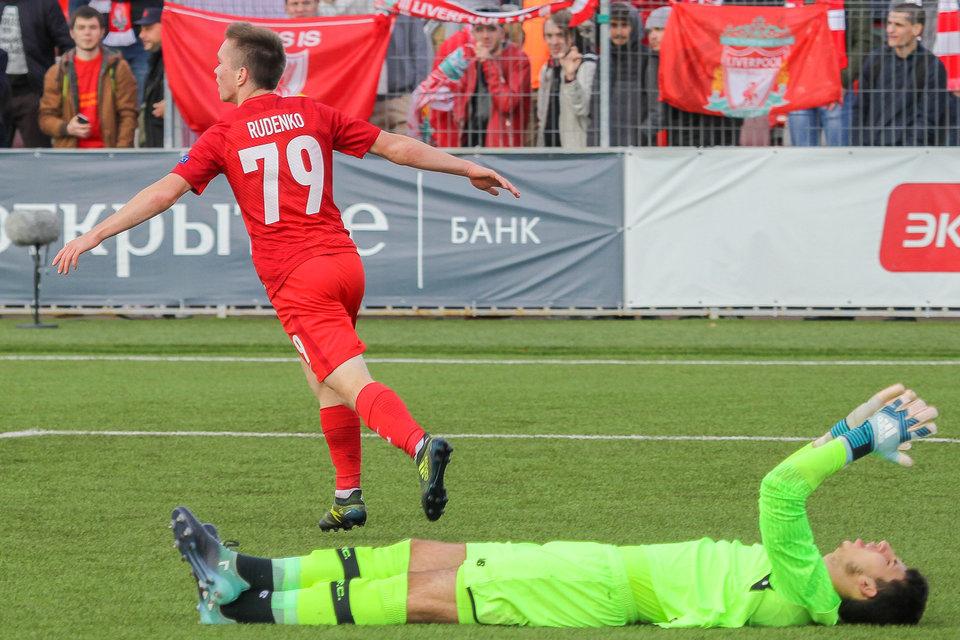 «Спартак» вдевятером сыграл вничью с«Севильей» вматче Юношеской лиги УЕФА