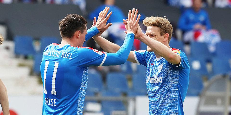 «Хольштайн» обыграл «Кельн» в первом стыковом матче за место в Бундеслиге
