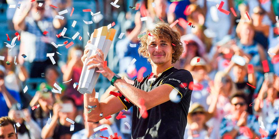 Зверев взял пятый трофей за год, обыграв Федерера в Канаде