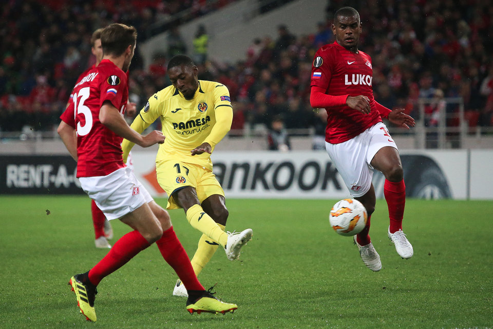 Нападающий «Вильярреала», дважды забивший «Спартаку» в ЛЕ, перешел в «Лион»
