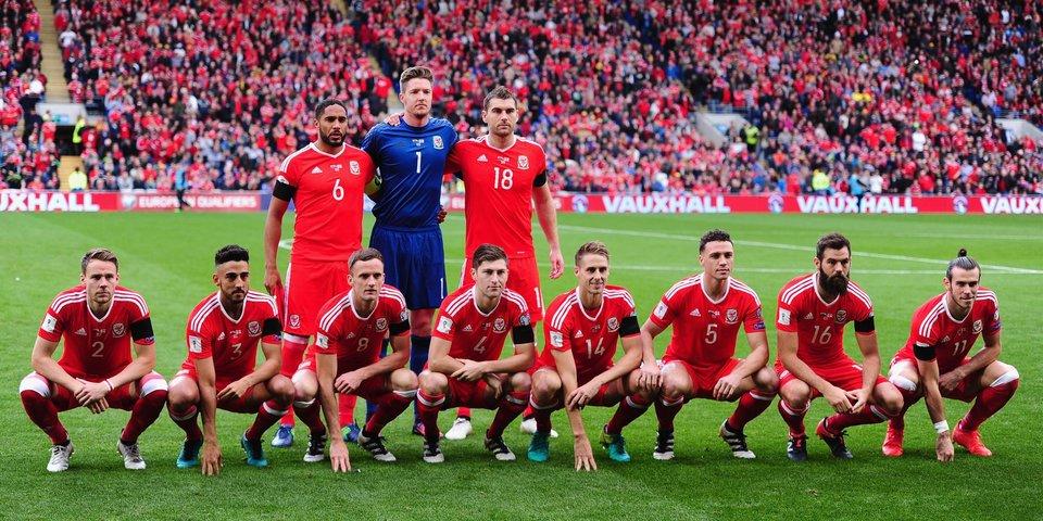 Что не так с командными фото сборной Уэльса?