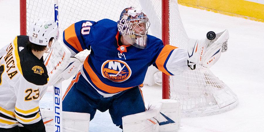 Варламов вышел на чистое 1-е место по количеству матчей без пропущенных голов в текущем сезоне НХЛ