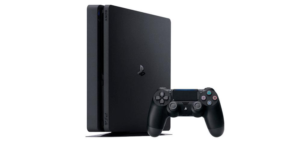 Американец переехал PlayStation 4 сына на машине из-за плохих оценок в школе