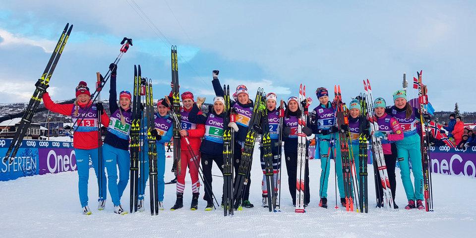Российские лыжницы взяли серебро в эстафете на этапе Кубка мира в Норвегии