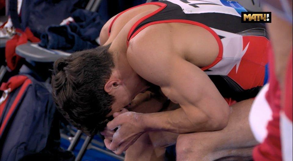 В апреле Далалоян порвал ахилл. Сегодня он отобрался в финал многоборья и не сдержал слез. Видео