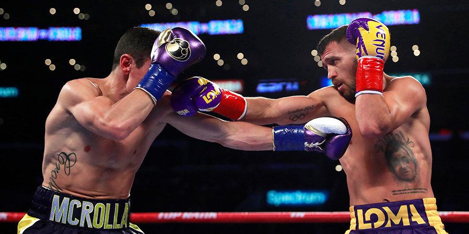 У Ломаченко новые перчатки — он проводит в них самый короткий бой в карьере