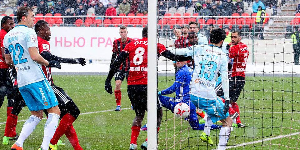 Спорные моменты из матча «Амкар» — «Зенит»: незасчитанный гол и неназначенный пенальти