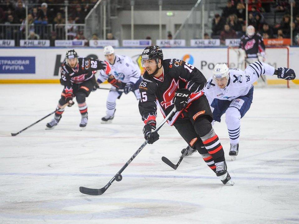 «Авангард» презентовал в Китае свою хоккейную академию