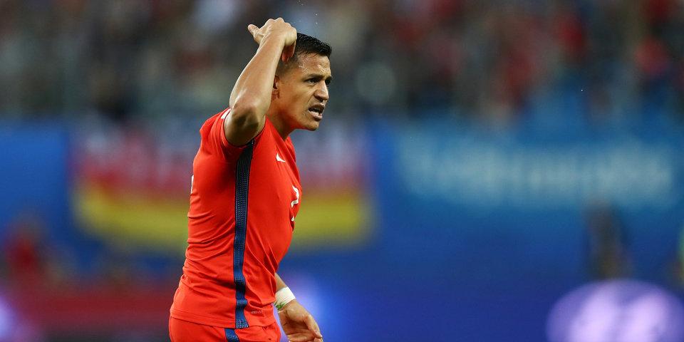 Три футболиста травмировались в матче сборных Чили и Колумбии
