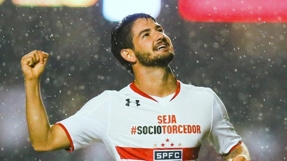 Пато подписал контракт с «Сан-Паулу»