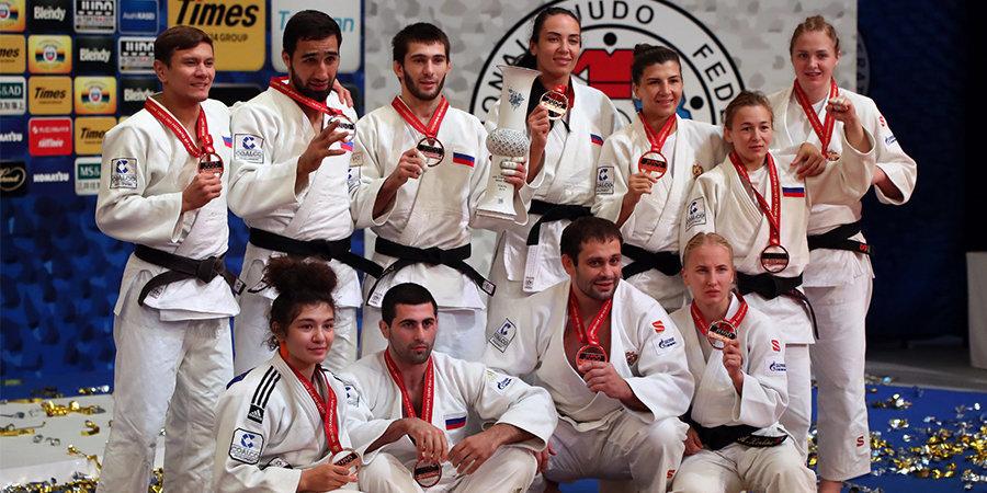 Сборная России взяла бронзу командного турнира на ЧМ по дзюдо. Самые зрелищные фото