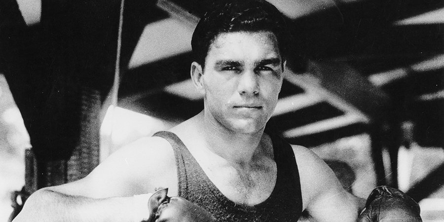 Спасал евреев от нацистов, но при этом обедал с Гитлером. 84 года главной победе Макса Шмелинга — самого противоречивого боксера 20 века