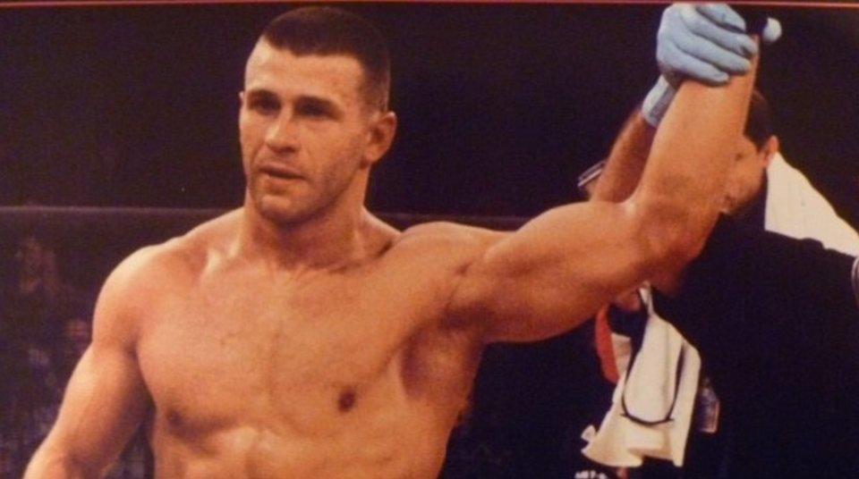 Между Тактаровым и Хабибом. Забытые бойцы UFC из России