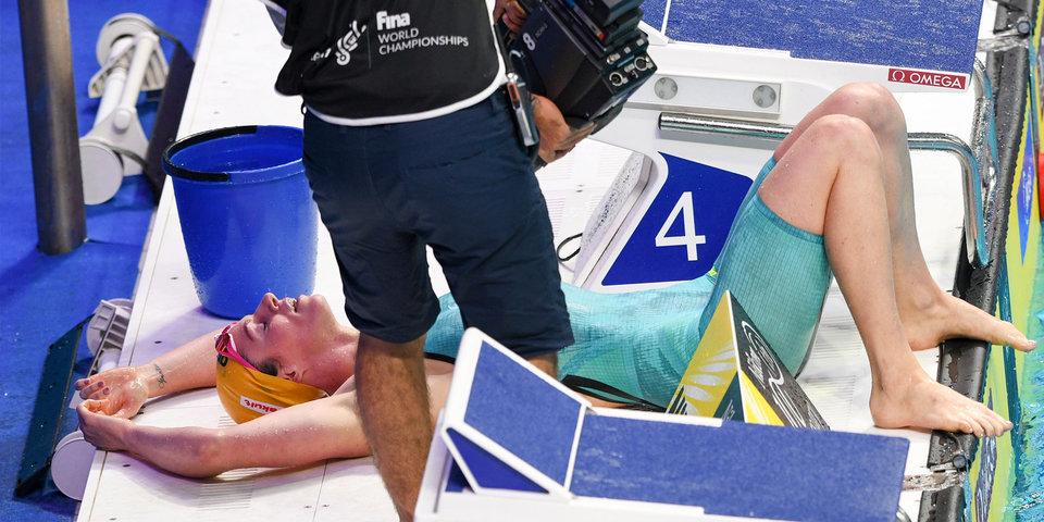Австралийка Сибом выиграла заплыв на 200 метров на спине