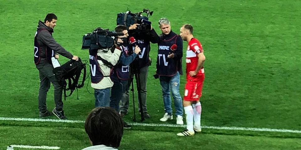 «Вячеслав, остановитесь, а то нас уволят». Дмитрий Лукашов – об отказах футболистов общаться с прессой