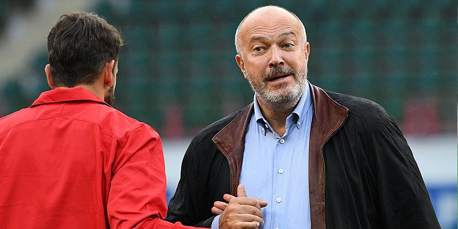 Похоже, Гилерме уйдет. Кикнадзе объяснил почему, а сам вратарь жестко высказался по контракту. Главное о встрече «Локо» с болельщиками