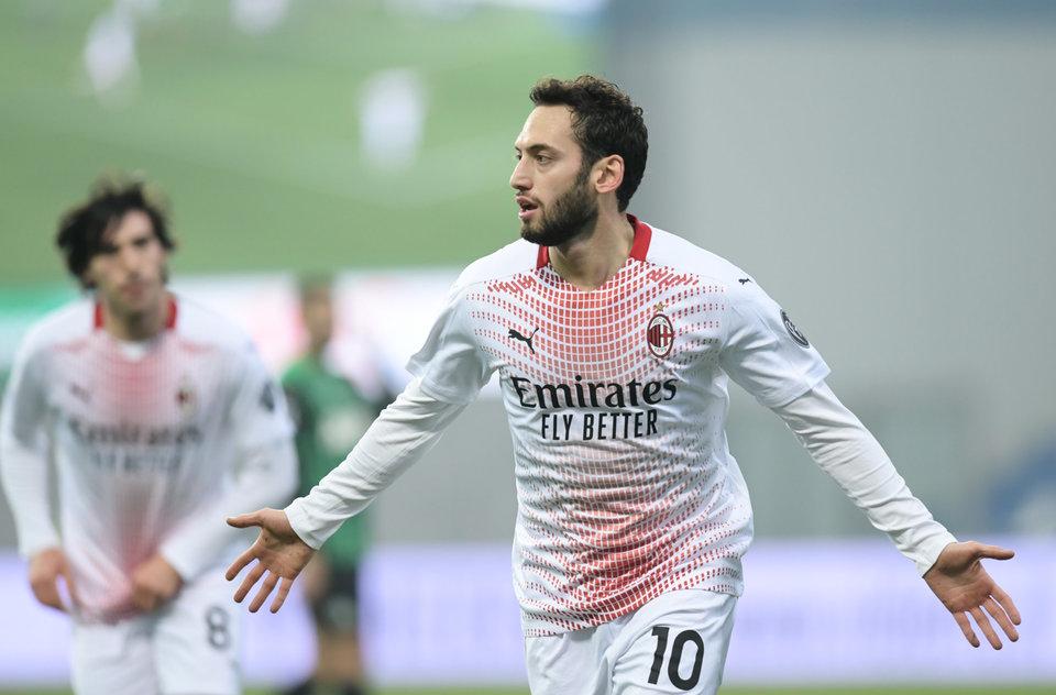 Чалханоглу дал понять, что потенциально готов продлить контракт с «Миланом»