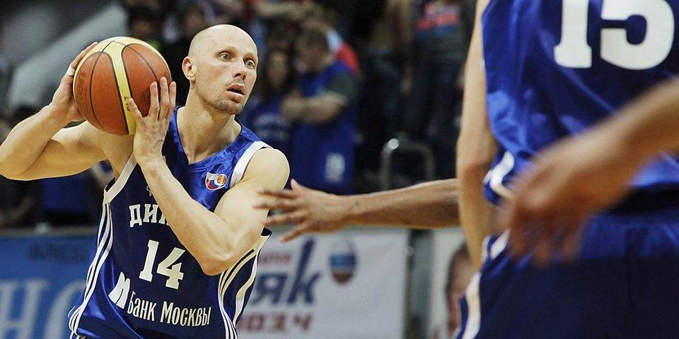 «Я вынужден находиться за пределами России». Как звезда российского баскетбола оказался в розыске