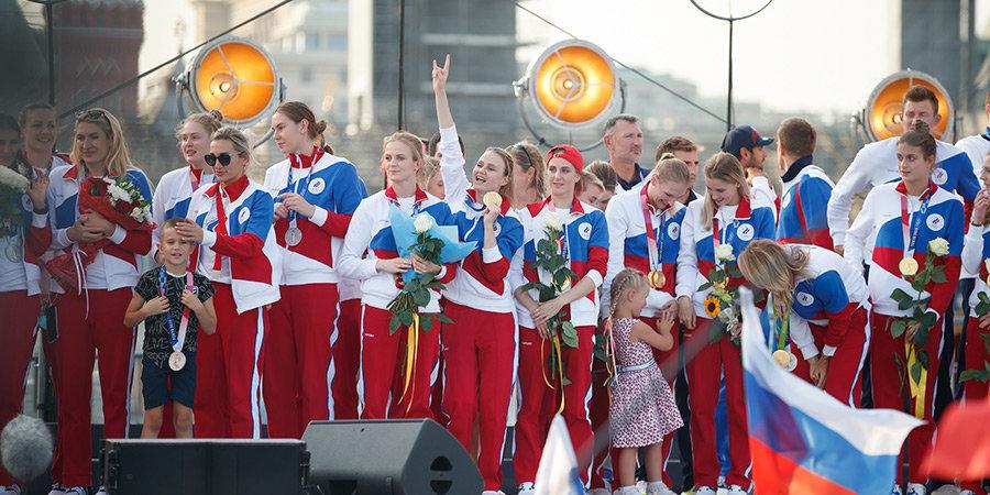 ROC-команда снова с флагом и гимном! Наши олимпийцы вернулись домой из Токио