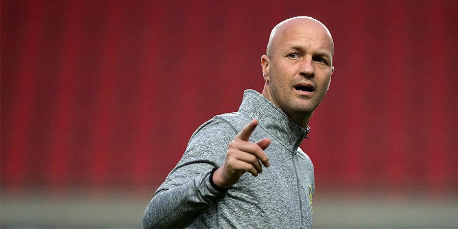 «Барселона» хочет, чтобы Кройфф заменил Кумана на посту главного тренера