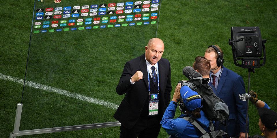 Черчесов сам аплодирует журналистам после 0:3